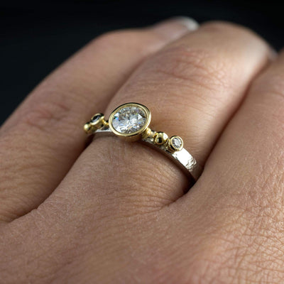Diamond Gold Bezel Engagement Ring with in 18k Gold Accents - by Nodeform