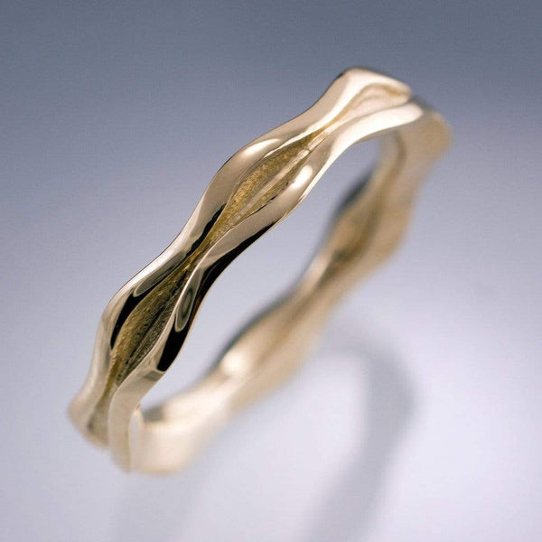 Wave Narrow Wedding Ring in Yellow or Rose Gold