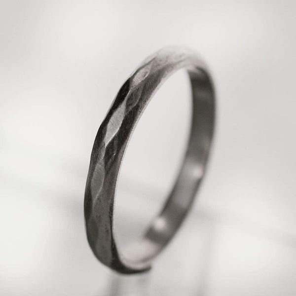 Narrow Diamond Facet Texture Wedding Band - by Nodeform