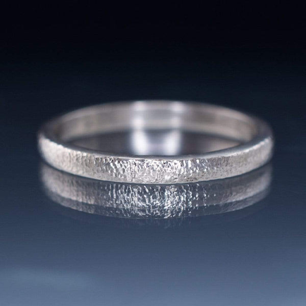 Narrow Fine Hammer Texture Wedding Ring Band - by Nodeform
