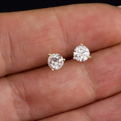 Moissanite Prong Stud Earrings - by Nodeform