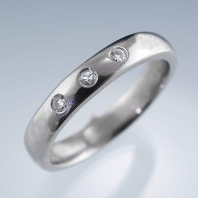 Narrow 3 Moissanite Wedding Ring - by Nodeform