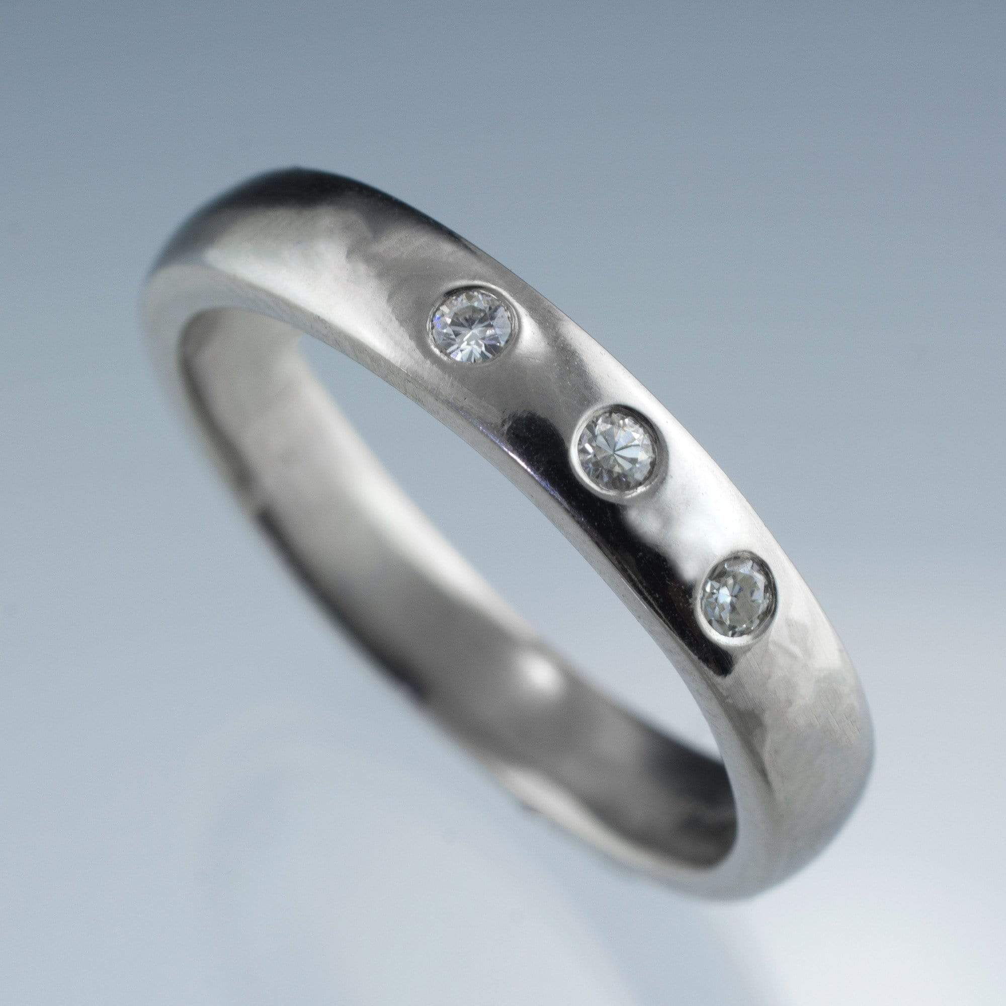Narrow 3 Diamond Wedding Ring - by Nodeform