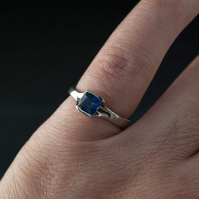 Cushion Cut Blue Sapphire Fold Solitaire Engagement Ring - by Nodeform