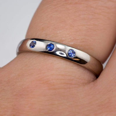 Narrow 3 Blue Sapphires Domed Wedding Ring - by Nodeform
