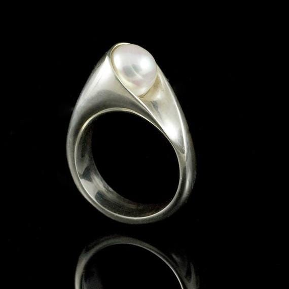 Wrapped White Pearl Modern Statement Ring