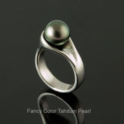 Modern Tahitian Black Pearl Engagement Ring - by Nodeform