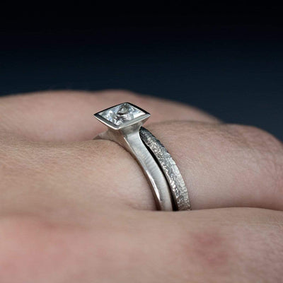 Princess Cut Bezel Set White Sapphire Bridal Ring Set Engagement Ring - by Nodeform