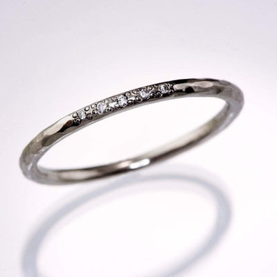 Hammered Texture Bead Set Diamond Thin Wedding Ring