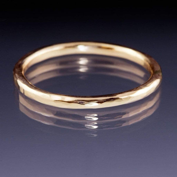 Skinny Hammered Texture Thin Gold Wedding Band - by Nodeform