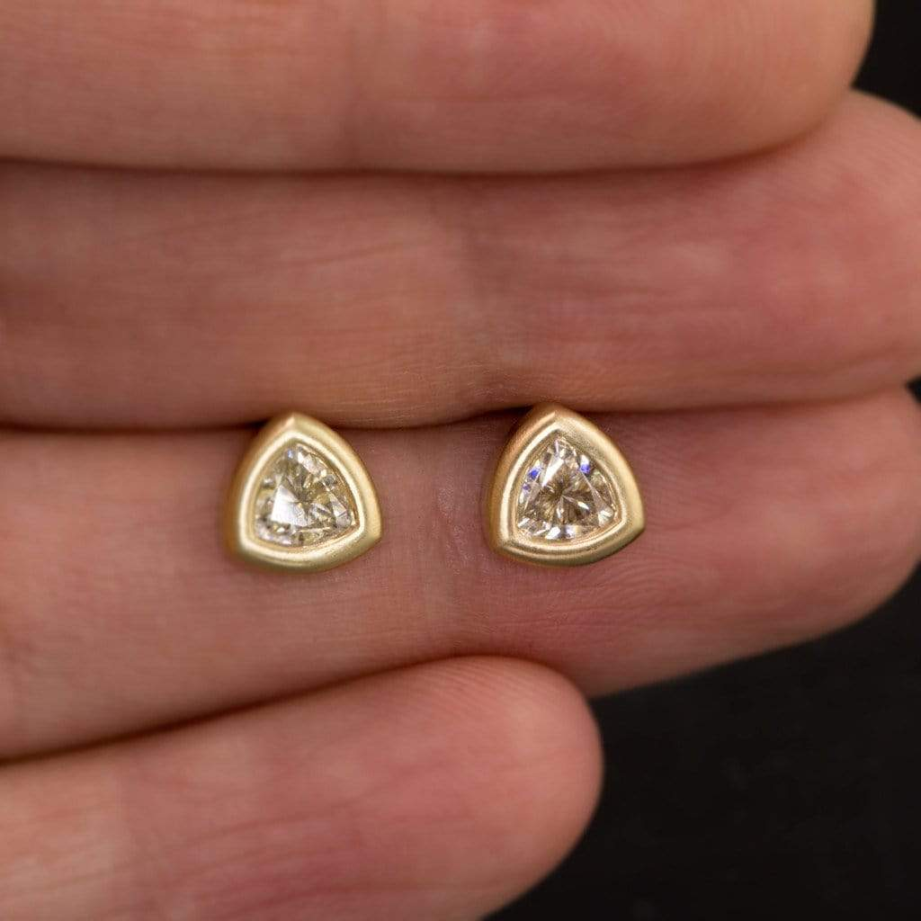 earrings gold bezel white pin stud d cut carat princess diamond set