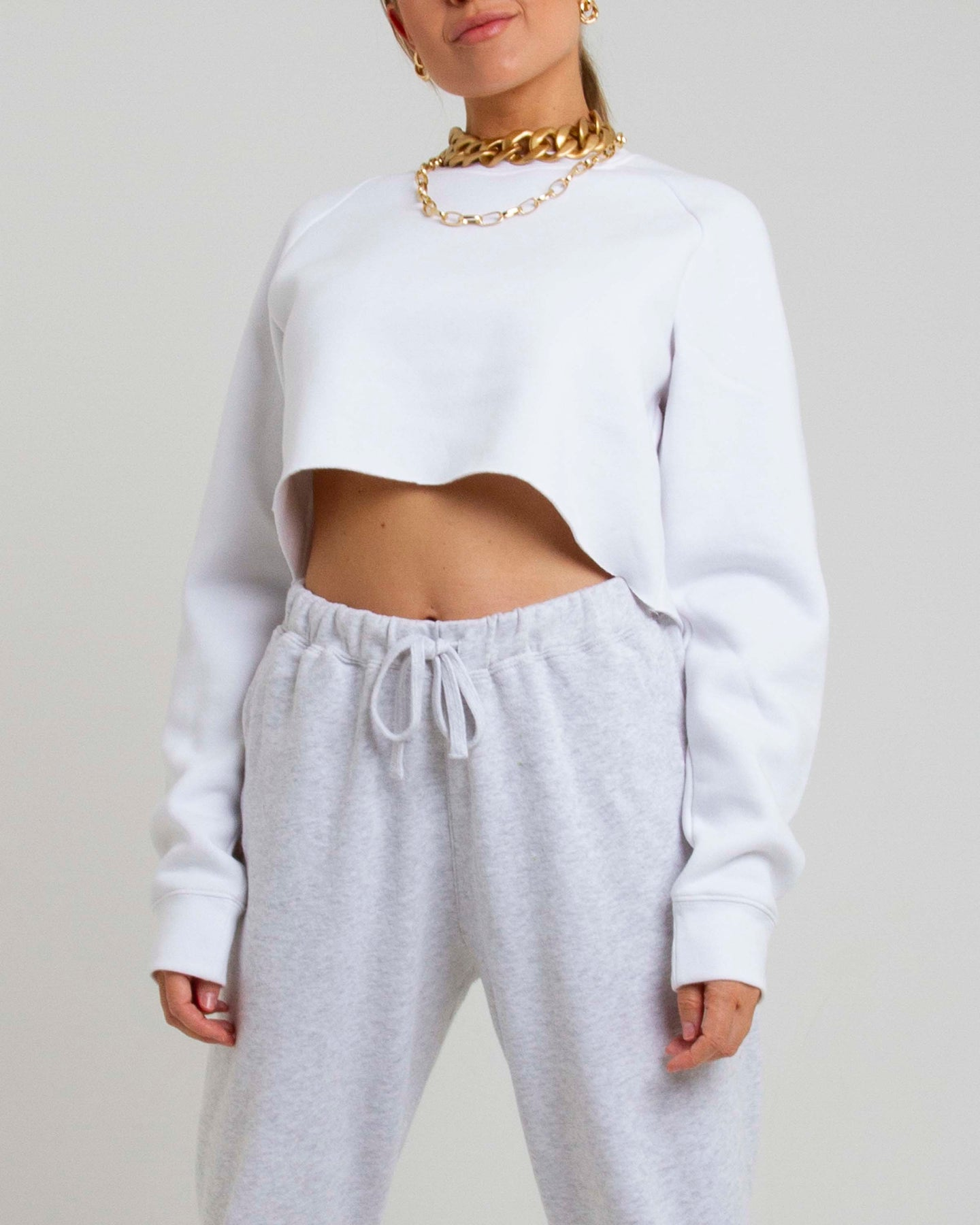 The Cropped Raglan - White