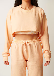 The Cropped Raglan - Peach