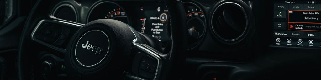 Jeep interior with throttle settings