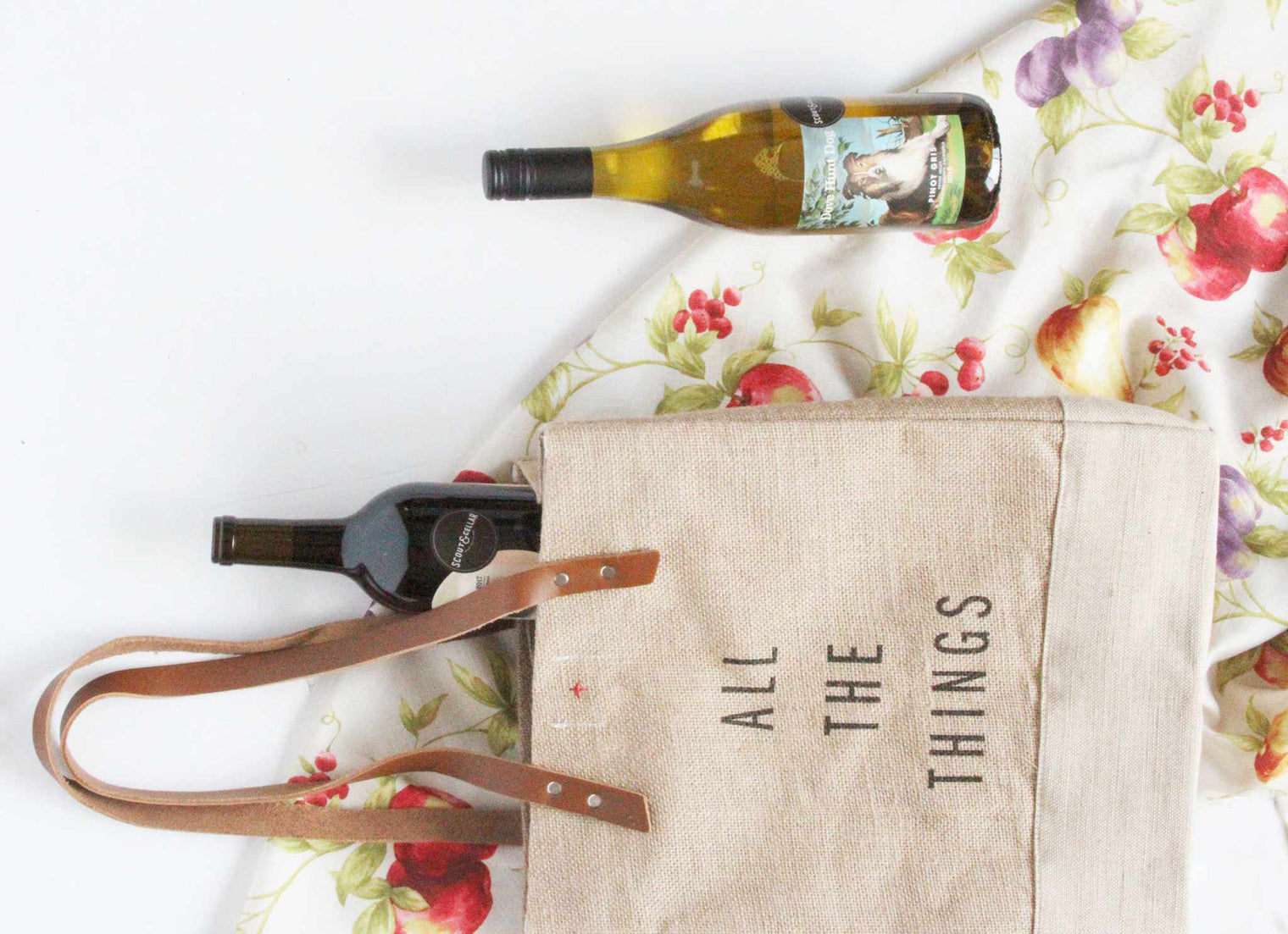 Customize Your Standard Apolis Wine Tote (May 25-June 2)