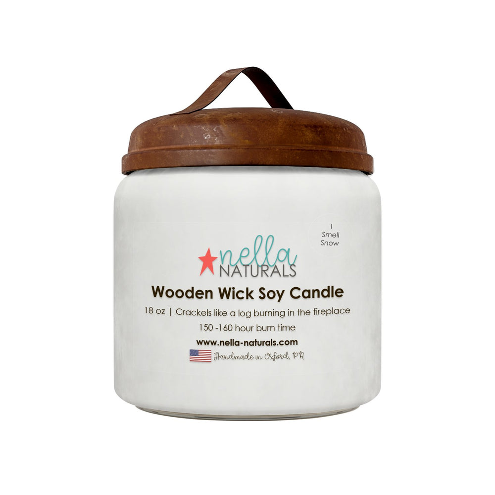 18oz I Smell Snow Wooden Wick Candle