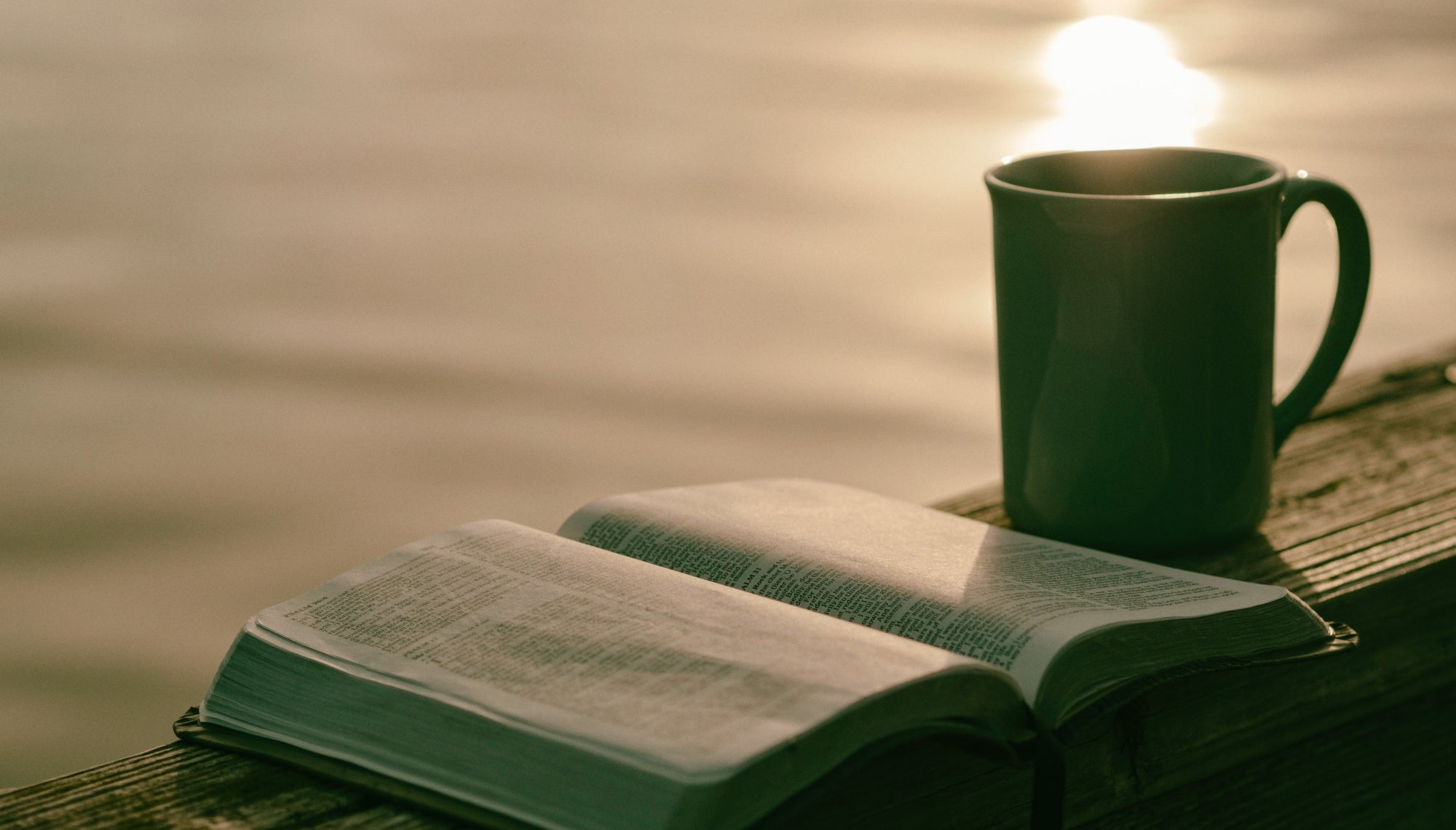 7 Christian Books to Read for Godly Encouragement