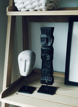 Load image into Gallery viewer, Hamnasa Timor Stone Head on Stand