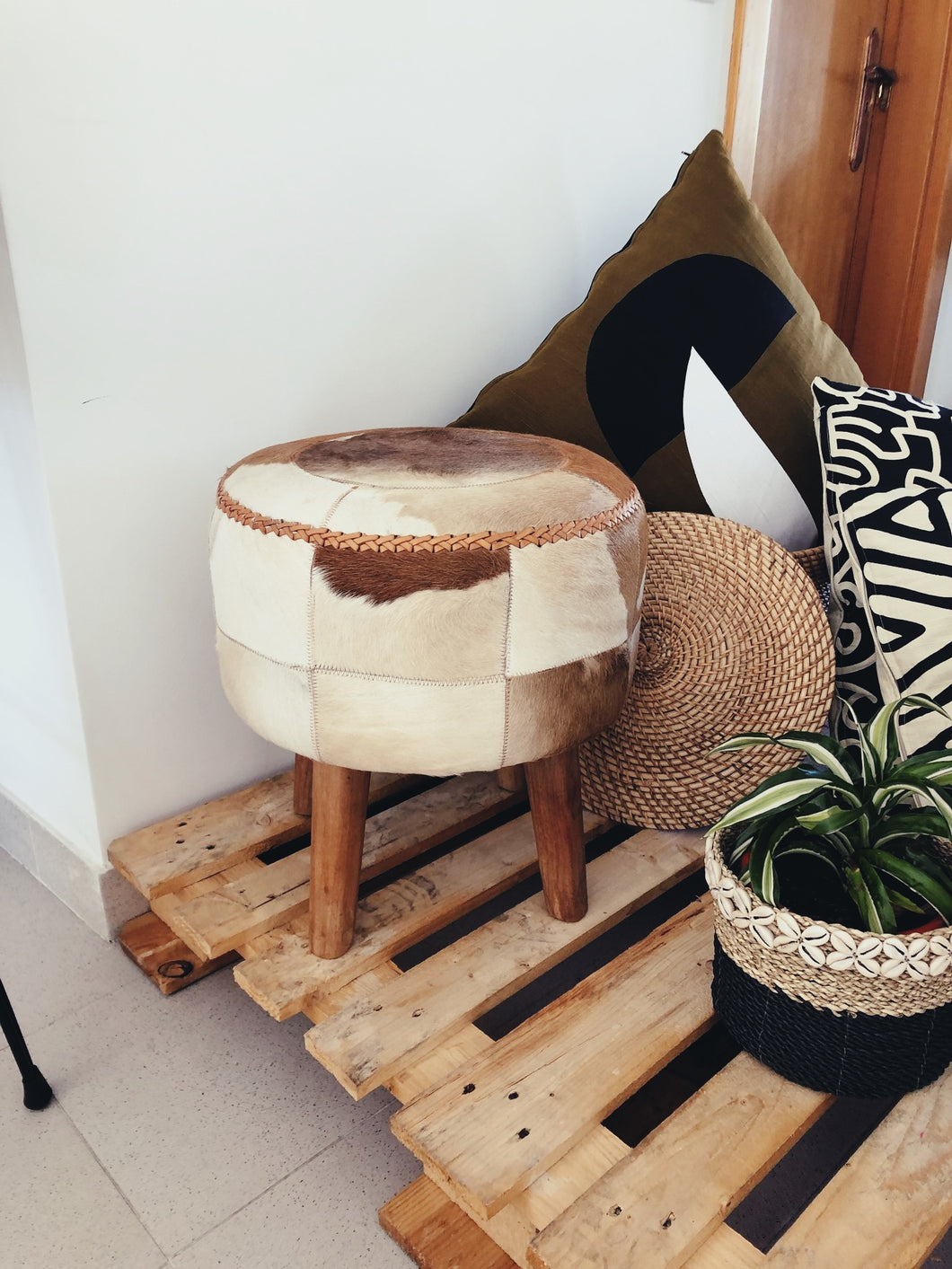 Sumbawa Leather Stool