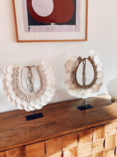 Load image into Gallery viewer, White Beach Shell Decor on Stand