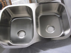 "Mainline 18 Ga. Stainless Steel Double Basin 31"" x 20"" x 10"" Deep Kitchen Sink"