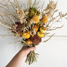 Load image into Gallery viewer, Florists Choice Posy