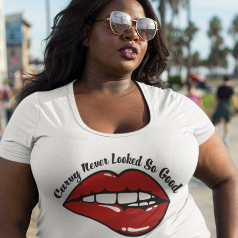 Curvy Never Looked So Good | T-Shirt