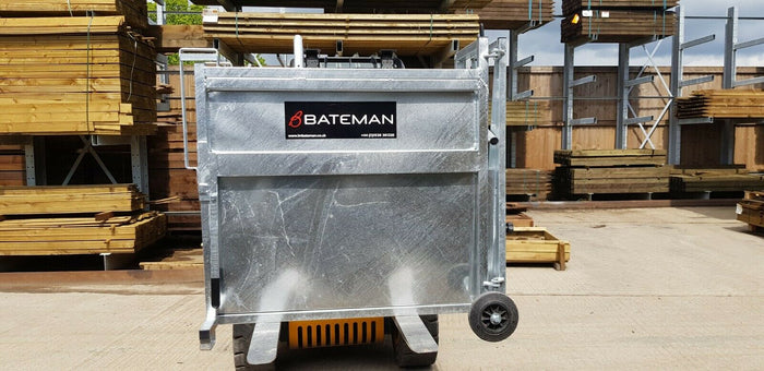 Bateman Heavy Duty Calf Dehorning or Vaccination Crate - Brand New Galvanized