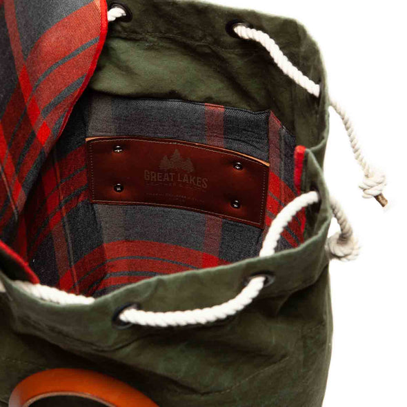 plaid lined vintage stand up duffel inside
