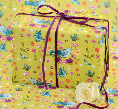 Bluebirds and buttercups gift wrap