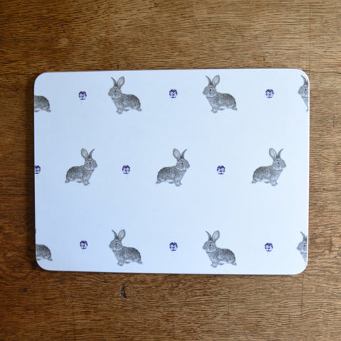 Daisy rabbit placemat