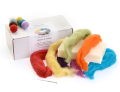 Needle felting kit for jewellery balls
