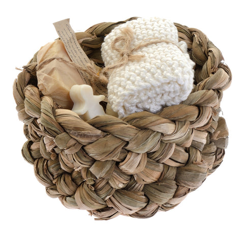 Mother and baby bathing gift basket