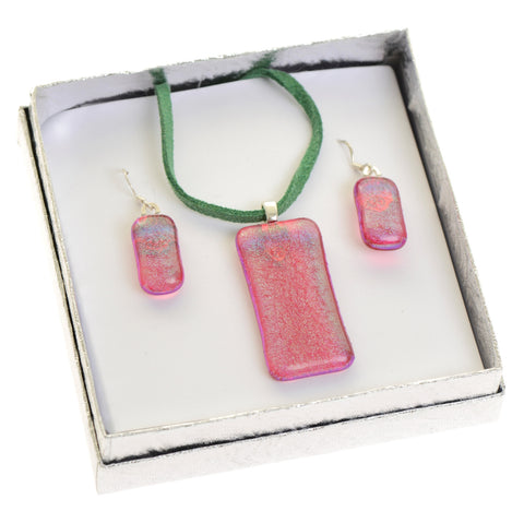 Pink earrings and pendant set
