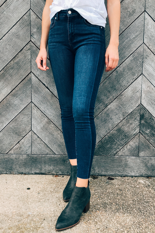 High Rise Skinny With Shadow Stripe