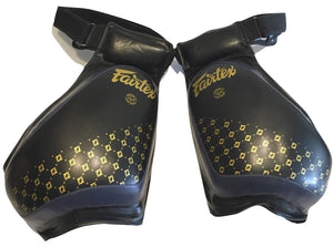 FAIRTEX COMPACT THIGH PAD - TP4 - BLACK AND BLUE COLOR
