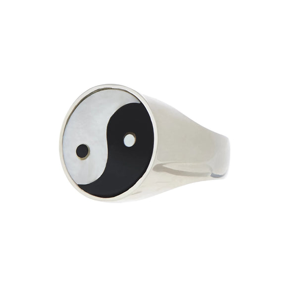 YIN YANG EVERETT RING - WHITE MOTHER OF PEARL/BLACK ONYX