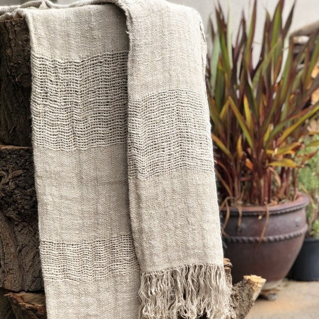 Clover Hand Loomed Linen Throw - Large