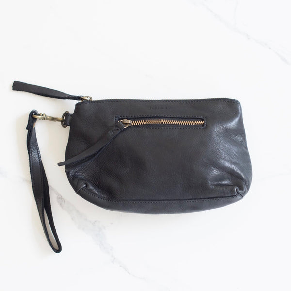 Small Essential Pouch- Black
