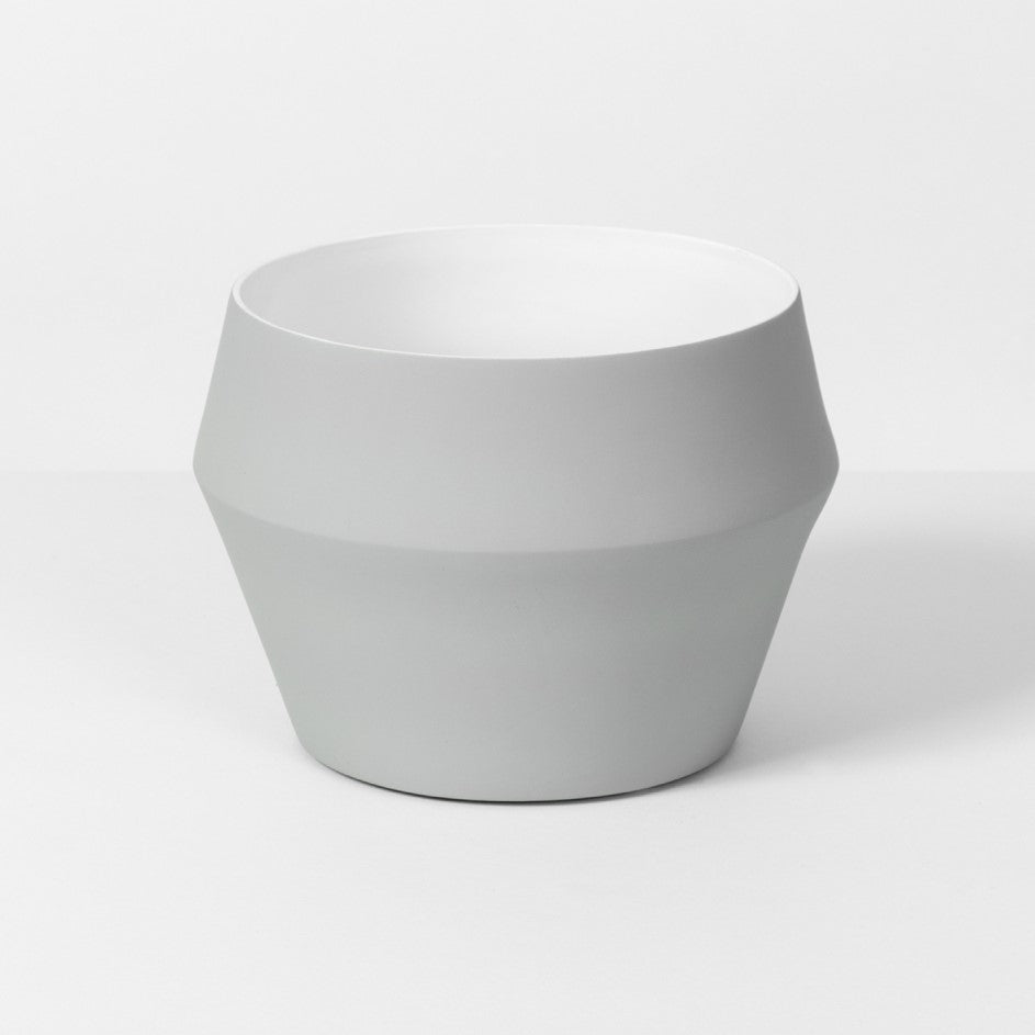 Romo Planter - Medium Grey