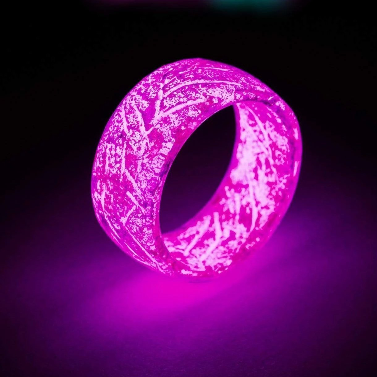 🎉Buy 2 Get  1 Free🎉Glow in the Dark - Fluorescent Glowing Colorful Rings  For Women / Men