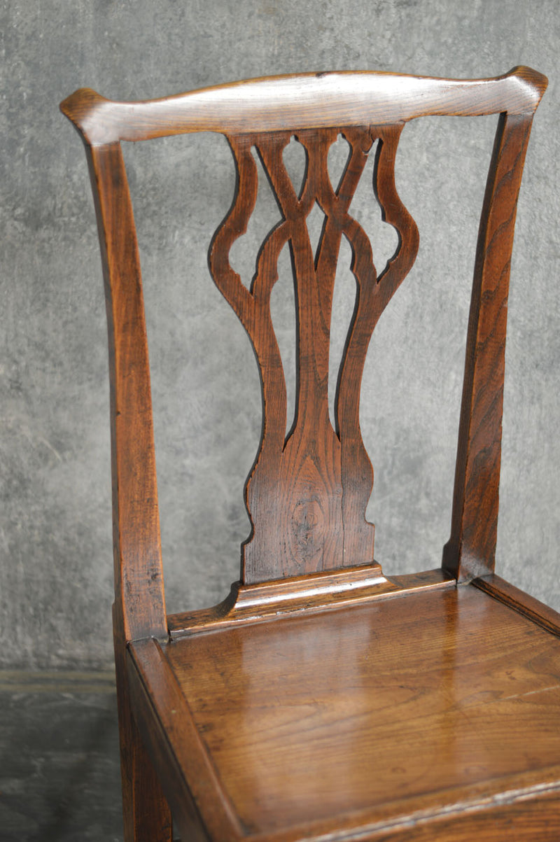 PAIR OF ENGLISH COUNTRY CHAIRS