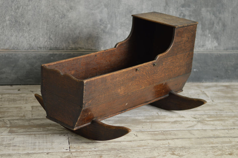 18th CENTURY OAK CRADLE