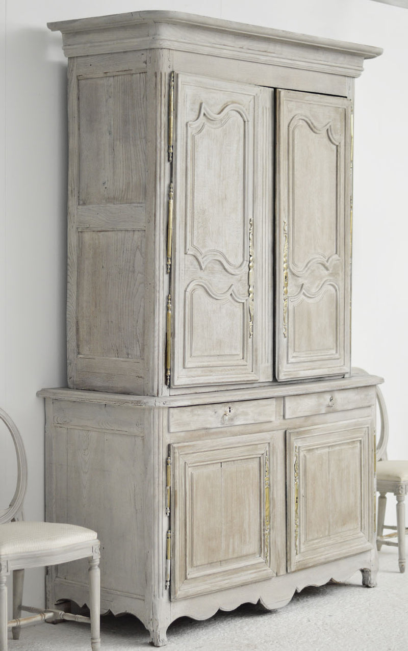 English painted dresser