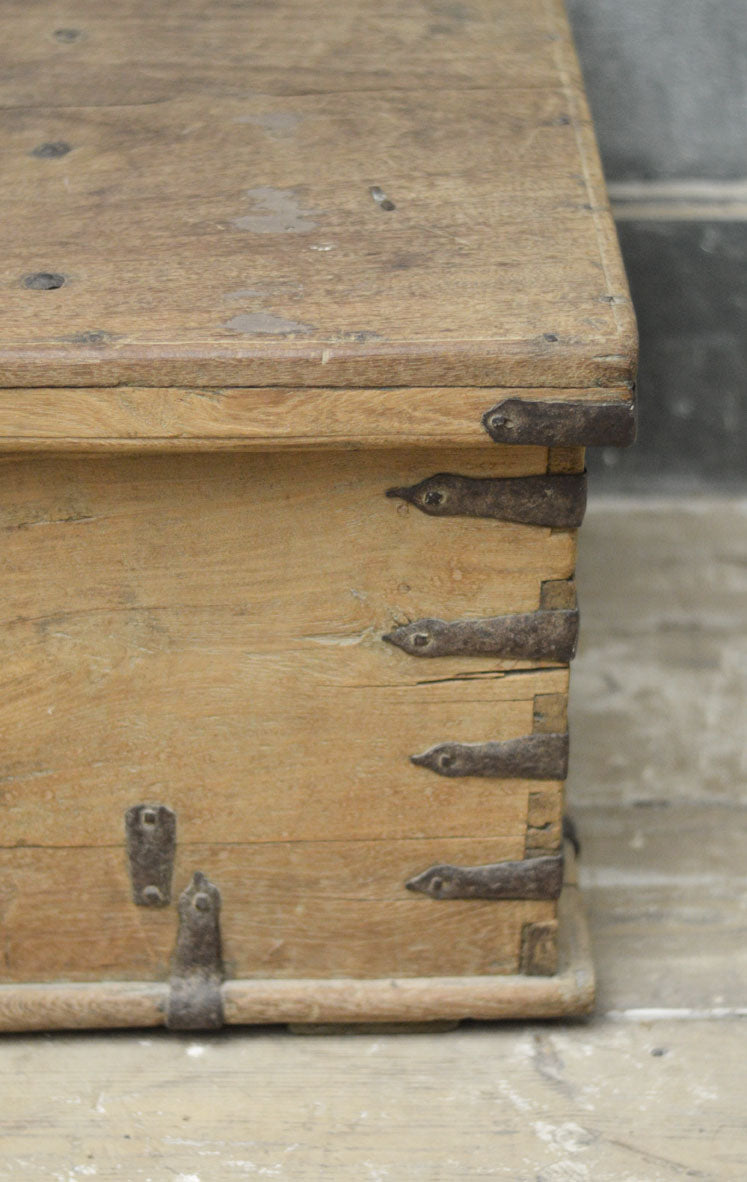 18th Century Anglo Indian teak trunk