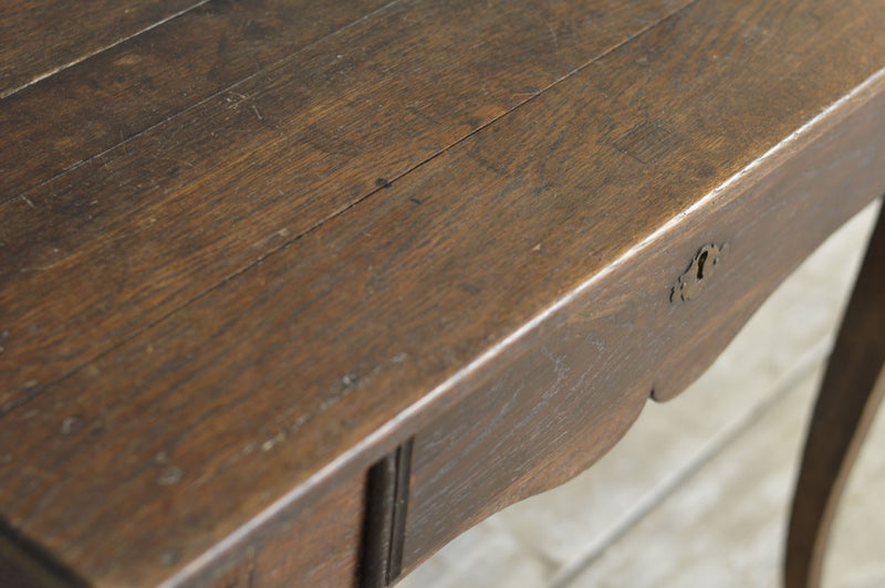 18TH CENTURY FRENCH OAK SIDE TABLE