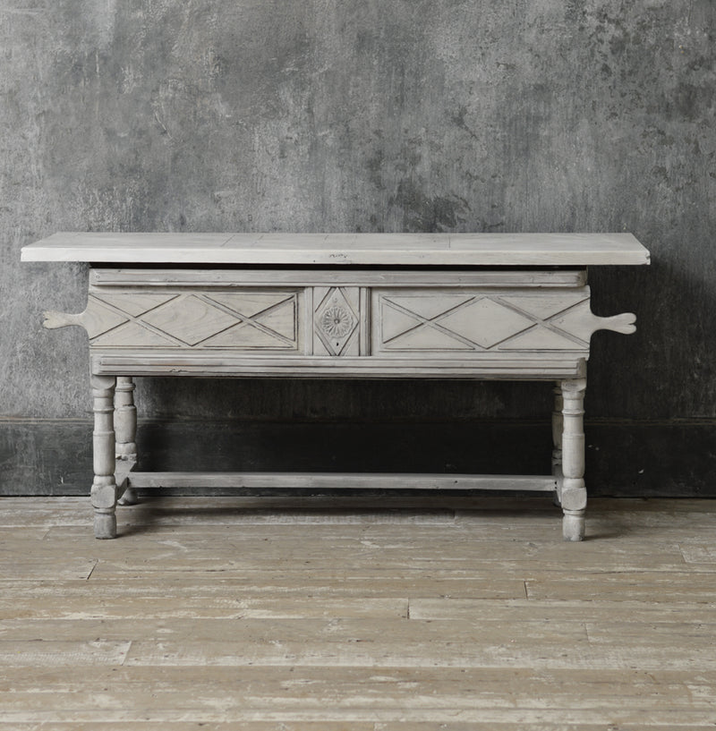 French rustic rush seat bench