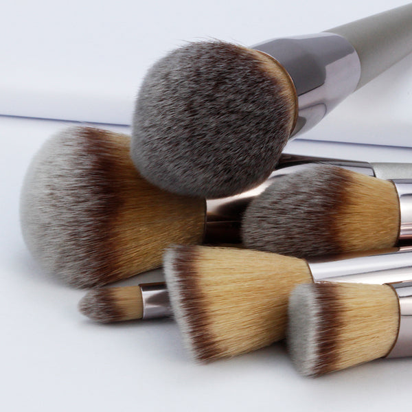 CHAMPAGNE BRUSH SET 10
