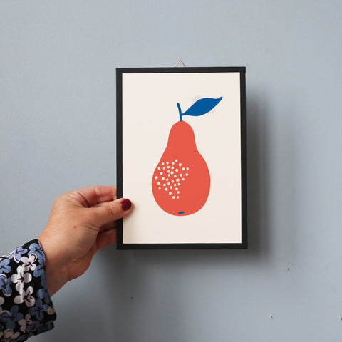BLUE/RED PEAR