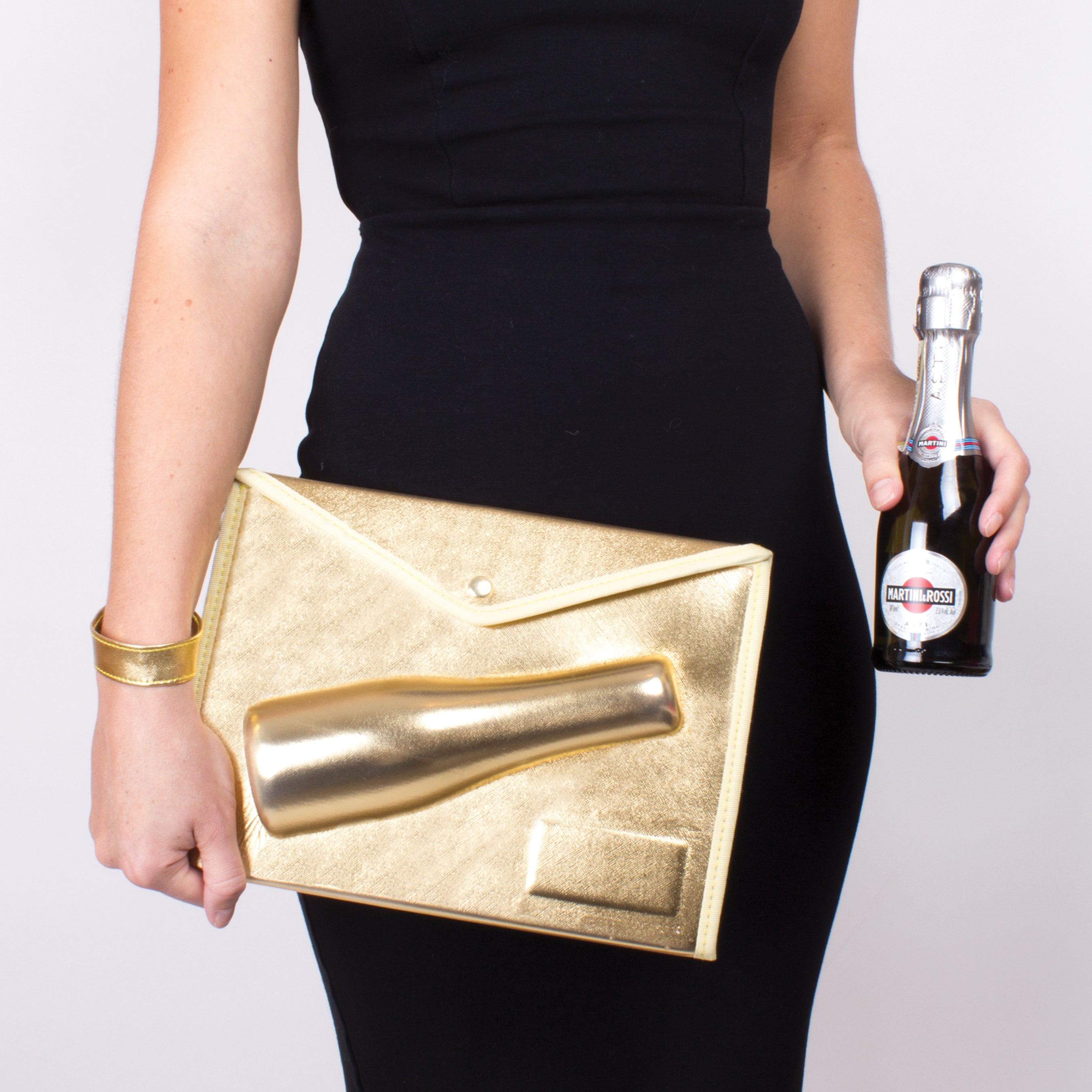 Gold Champagne Clutch - The Wedding Market